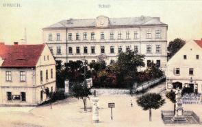 Obec Lom byla povýšena na město :