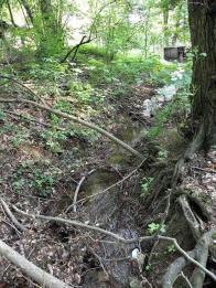Bezejmenný potok, v místech za Bezručovou ulicí