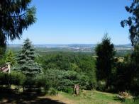Pohled od chatové osady nad Domaslavicemi směrem na Teplice, jezero dole je Barbora J.Setvák 2009