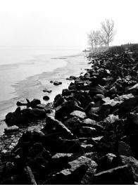 Pohled od jihu na hráz přiléhající k obci Dřínov r.1965