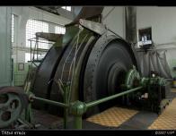 Těžní stroj