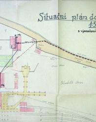 Na situačním plánu je patrné, že u hlavní administrativní budovy byla výsypka, váha a brána do areálu dolu ze směru od šachty Pavel I