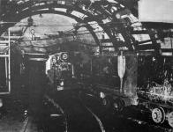 Trolejové lokomotivy TLD 10 spolehlivě dopravovaly od roku 1961 narubané uhlí až k těžní jámě Pluto II.