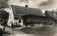 Horní Ves, jejíž ozdobou kdy bývala barokní socha sv.Jana Nepomuckého mezi dvěma staletými lípami a půvabná hospůdka s poetickým názvem Konvalinka
