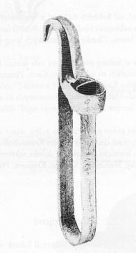 Držák na svíčku z 19.století (obr. 4).