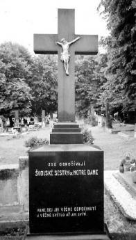 Hroby školských sester de Notre Dame