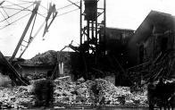 Těžní věž po výbuchu