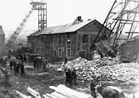 Těžní věž po katastrofě