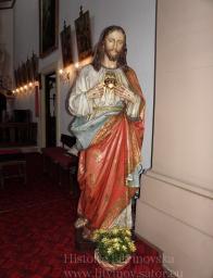 28/ Socha Božské Srdce páné -zhotovena v Tyrolích kolem roku 1900 v moderním provedení, cca 2.m vysoká