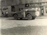 Okupace na Náměstí Míru 22. 8. 1968 16:00 Fotografie podstrčil neznámý dárce a pravděpodobně autor pode dveřmi - pod rouškou noci a zmizel ...