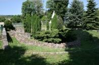 Základy kostela v Hrobu dnes