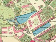 První lázně se nacházely na rybníce jménem Schmidteich - Školní od r.1889. Fotografie není