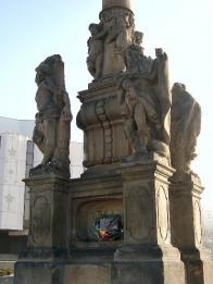 Morový sloup z roku 1681 stával před radnicí na I.náměstí v Královském městě Most