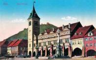 Budova staré renesanční radnice s podloubím stávala na někdejším Starém tržišti do roku 1882