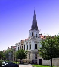Budova dřívější hornické školy v Duchcově