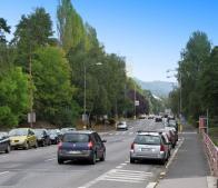 Podkrušnohorská ulice, po levé straně věžové domy ulice Bezručovy,rok 2009.