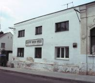 Pro školní rok 1903/1904 byla opatřena třetí učebna a to v Chudeříně - v hostinci U Svobodů (dnes Apollo)