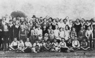 Hornické děti v péči Vysočanských dělníků