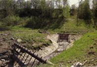 Nehrazená spodní výpust přehrady