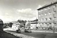 Situace v 60 letech minulého století ulice Podkrušnohorská, ještě před přemostěním.