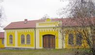 Obřadní síň na starý židovském hřbitově na Soušské straně Hněvína