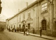 V budově městského muzea v Masné (Švermově) ulici byl zřízen okresní úřad pro bezplatné zprostředkování práce. (ilustrační foto Oblastní muzeum v Mostě)