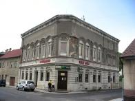 Rudý dům Chudeřínská 94