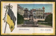 Socha vladaře na Náměstí císaře Františka Josefa a spolkový prapor v r. 1852 se stanovily barvy města červená a žlutá, protože na praporu jsou jen barvy žlutá a černá a dole rakouská orlice, bude se zřejmě jednat spíš než o prapor města, prapor německého obyvatelstva či nějakého jejich spolku