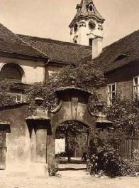 Minoritský kostel sv. Františka Serafínského s klášterem - bourání