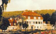 Na snímku původní budova před rokem 1914