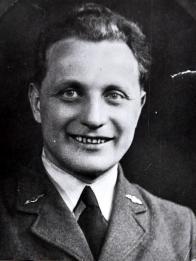 Karel Marek, občan Meziboří v uniformě RAF