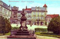 S bustou císaře Josefa II. cca 1900