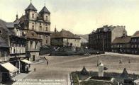 Masarykovo náměstí vpravo dole osazeno bustou T.G.M