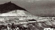 Těžbou ohlodaný vrch Hněvín ,cca 80 léta