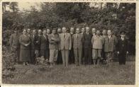 Zaměstnanci lesního závodu v Litvínově 1937,Ing. Vojtěch Tesař stojí v horní řadě