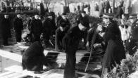 Pohřební zřízenci a horníci